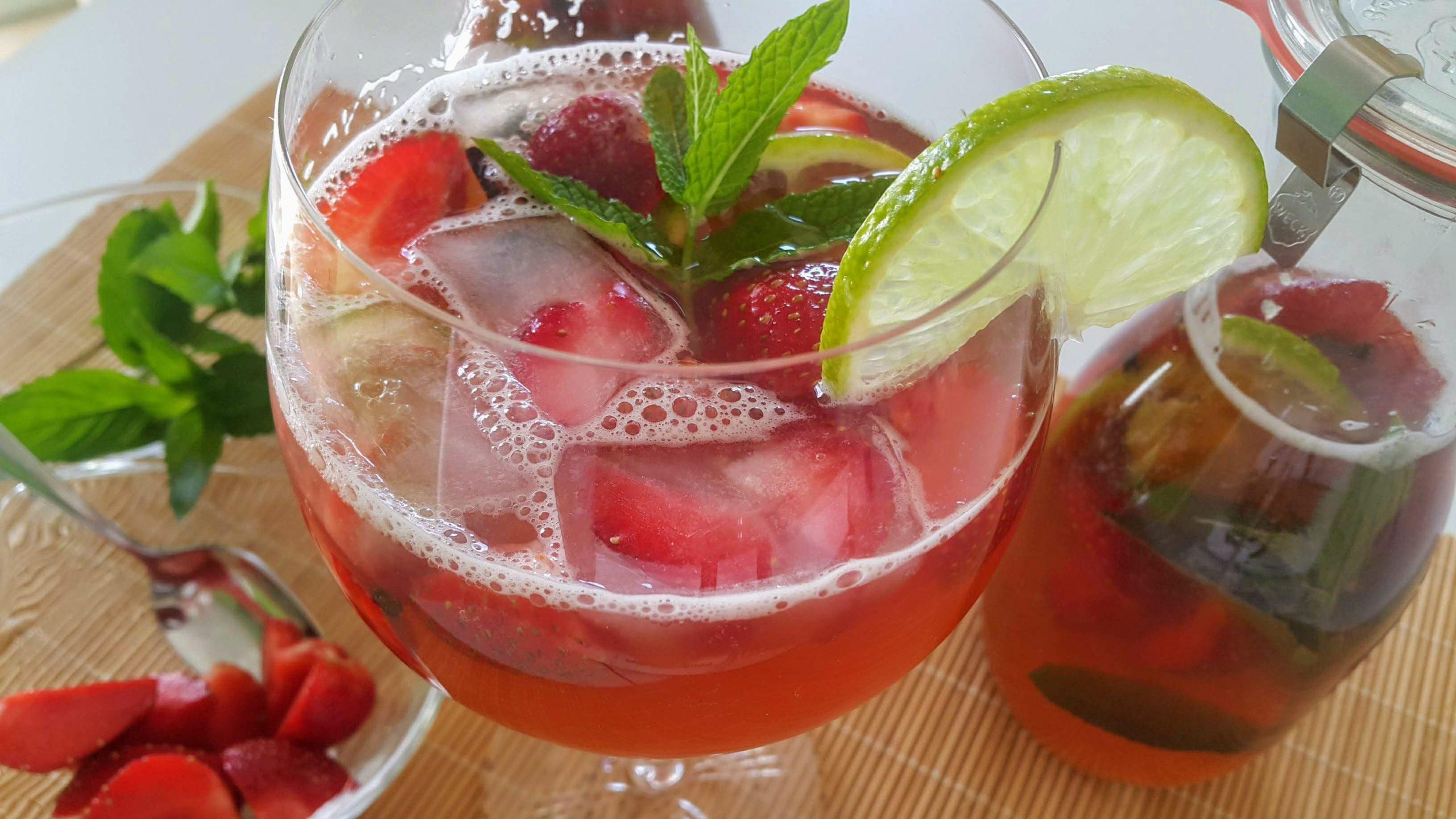 Kombucha teeseenejook teeseenkaalust alla detoks vesi joogid kombucha valmistamine